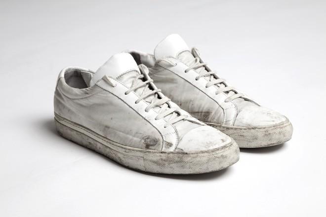 Khoa học chứng minh: Đi giày không đi tất thà đi chân đất còn hơn! - Ảnh 8.