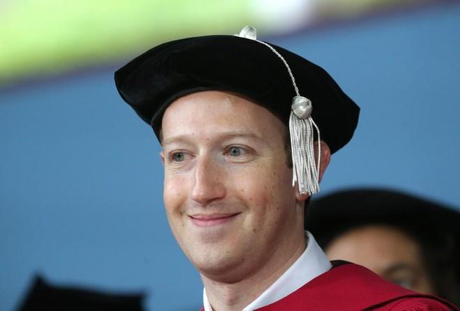Bill Gates và Mark Zuckerberg bỏ đại học và thành tỷ phú nhưng các chuyên gia khuyên bạn đừng dại mà bỏ đại học - Ảnh 2.
