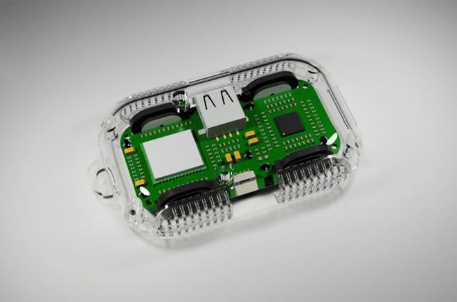 Celtrix - Phụ kiện siêu nhỏ gọn mà đa năng bất ngờ, vừa làm pin dự phòng, ổ cứng không dây, loa di động mà còn tích hợp cả khe cắm SIM! - Ảnh 3.