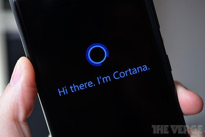 Xin lỗi Cortana, nhưng Microsoft đang khuyên người dùng mua loa có trợ lý ảo Alexa - Ảnh 1.
