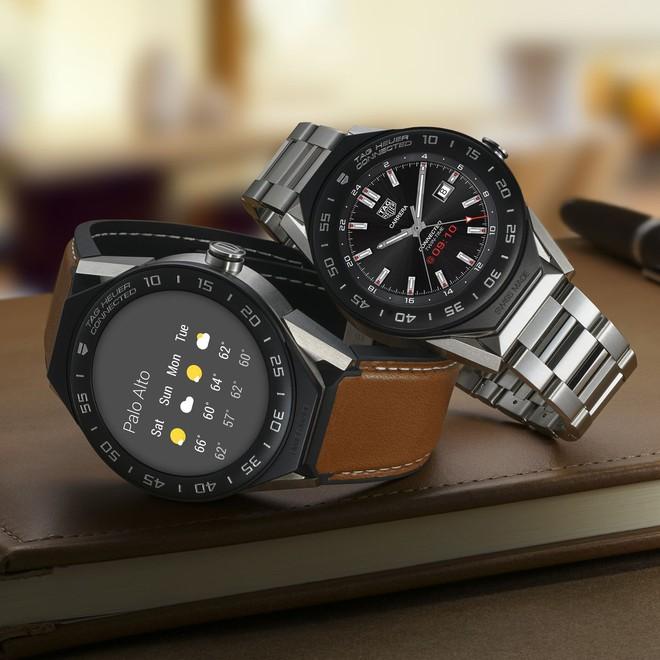 Các hãng đồng hồ lừng danh của Thụy Sĩ quyết dùng đồng hồ lai làm vũ khí đấu Apple Watch - Ảnh 1.