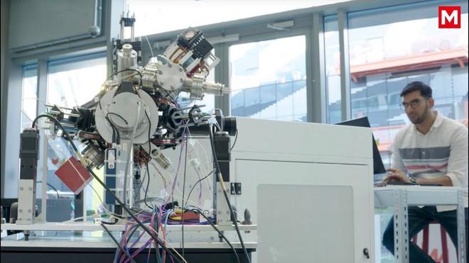 Chế tạo thành công la bàn lượng tử chính xác tới mức nguyên tử, vượt trội hơn so với GPS - Ảnh 1.