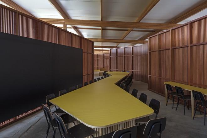 Ngôi trường làm từ gỗ và gạch bùn trong rừng nhiệt đới Brazil giành giải kiến trúc xuất sắc nhất thế giới 2018 - Ảnh 6.