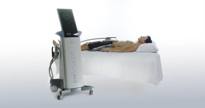Cỗ máy tập thể dục hộ bạn: Chỉ cần nằm một chỗ cũng hô biến bụng mỡ thành 6 múi - Ảnh 1.