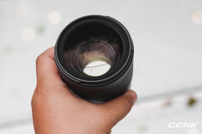 Ống kính Tokina Opera 50mm f/1.4: chất lượng hình ảnh rất cao, hoàn thiện tốt, có ngàm cho Canon và Nikon, giá 20,9 triệu - Ảnh 4.