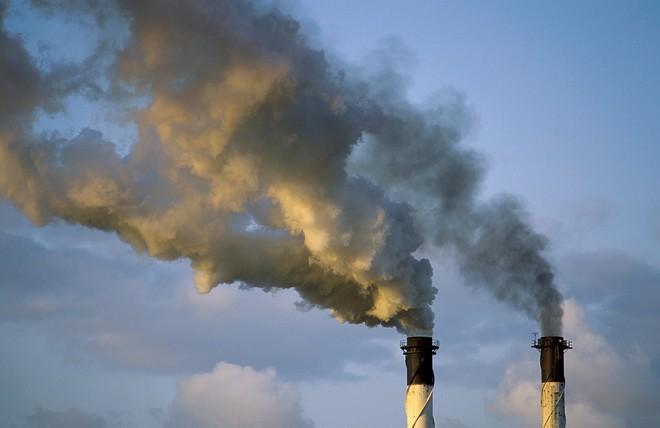 Các nhà khoa học tìm ra chất xúc tác biến carbon dioxide thành loại nhựa an toàn với môi trường - Ảnh 1.