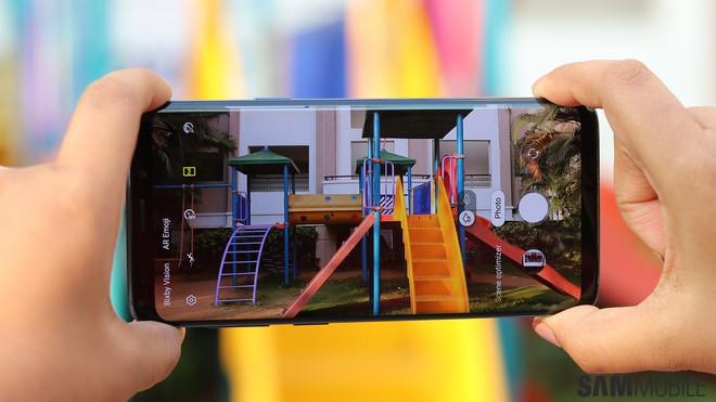 Người dùng khó chịu vì giao diện camera như iPhone của Samsung One UI - Ảnh 1.