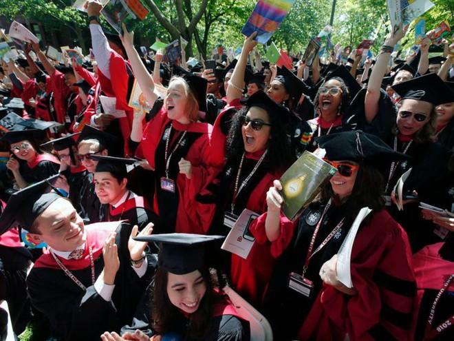 Đột nhập ký túc xá Harvard: Hóa ra sinh viên trường số 1 thế giới lại phải chịu cảnh sống chen chúc, chật chội như vậy - Ảnh 15.