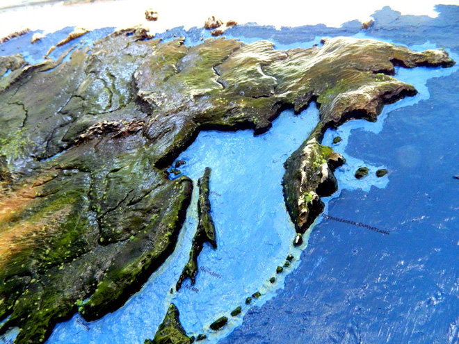 Anh chàng này đã tự làm bản đồ thế giới 3D trên tường chất như nước cất như thế nào? - Ảnh 12.