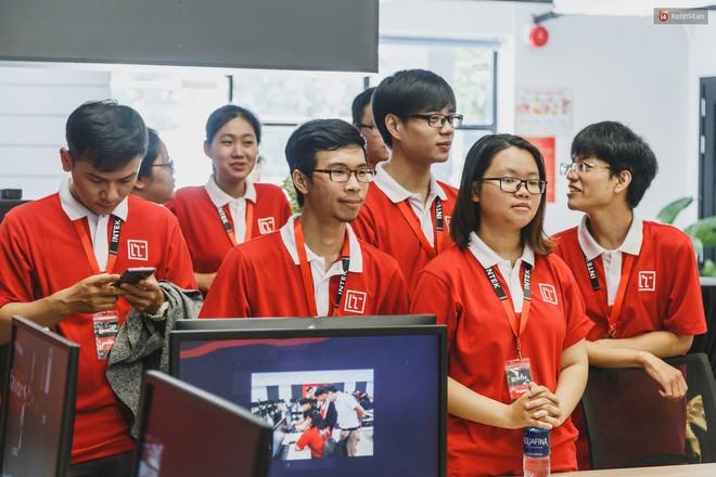 Ngôi trường đầu tiên ở Việt Nam không có giáo viên, học sinh vừa học vừa chơi game, tốt nghiệp được đảm bảo lương 1200 USD/tháng - Ảnh 14.