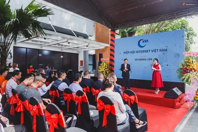 Ngôi trường đầu tiên ở Việt Nam không có giáo viên, học sinh vừa học vừa chơi game, tốt nghiệp được đảm bảo lương 1200 USD/tháng - Ảnh 8.
