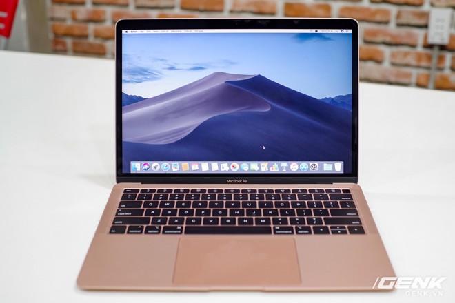 Cận cảnh MacBook Air 2018 vừa về Việt Nam: Nhiều nét tương đồng với MacBook Pro, lần đầu tiên có cảm biến vân tay, giá 37,5 triệu đồng - Ảnh 9.