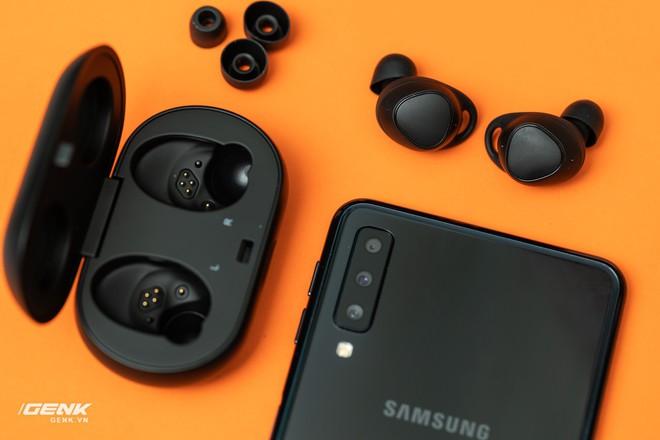 Trải nghiệm Samsung Gear IconX 2018: Không dừng lại là tai nghe không dây - Ảnh 19.