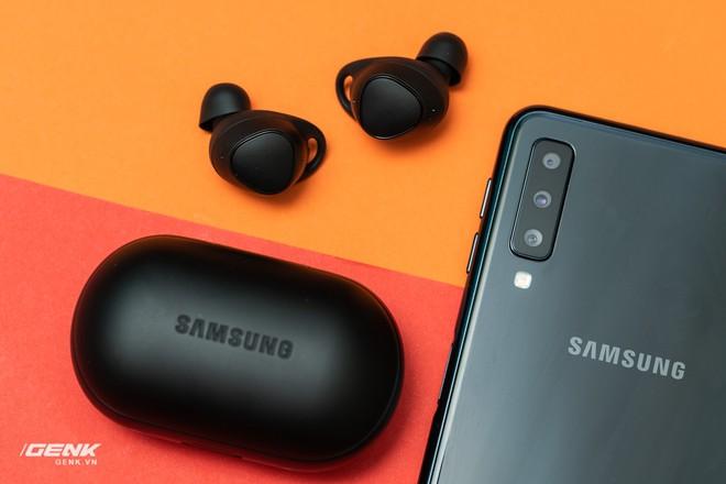 Trải nghiệm Samsung Gear IconX 2018: Không dừng lại là tai nghe không dây - Ảnh 18.