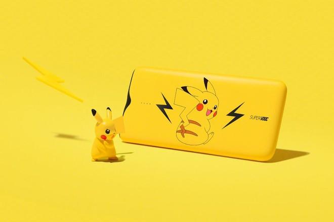 Oppo ra mắt sạc dự phòng SuperVOOC với công suất 50W cực nhanh, thiết kế hình pikachu rất bắt mắt - Ảnh 1.
