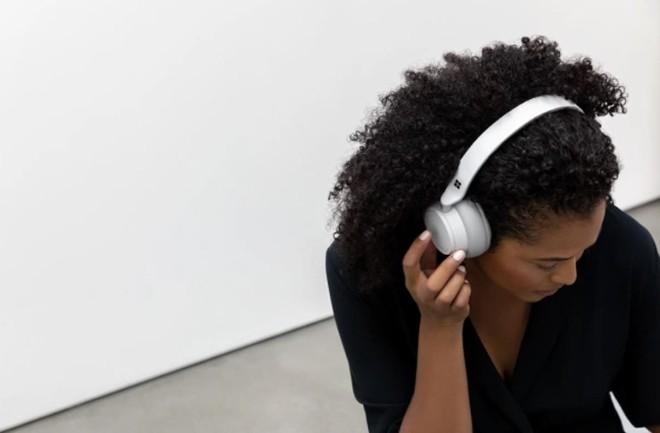 Đánh giá tai nghe Microsoft Surface Headphones: Không sánh ngang được Bose, nhưng cũng rất đáng thử - Ảnh 2.