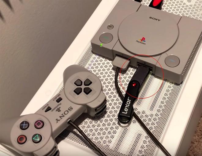 Vừa ra mắt được một tuần, PlayStation Classic đã bị hacker bẻ khóa để chơi game thoải mái từ USB - Ảnh 1.