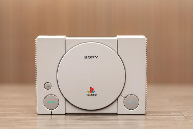 Vừa ra mắt được một tuần, PlayStation Classic đã bị hacker bẻ khóa để chơi game thoải mái từ USB - Ảnh 2.