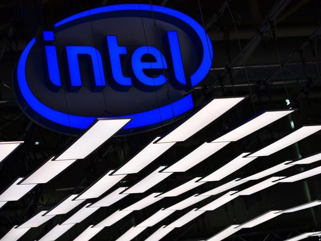 """Kiến trúc bộ vi xử lý """"chip chồng chip"""" của Intel sẽ thay đổi hoàn toàn cuộc chơi như thế nào? - Ảnh 1."""