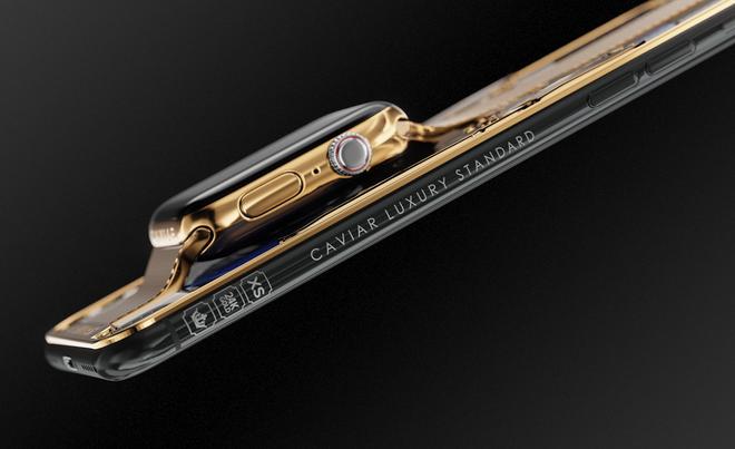 Dung hợp iPhone Xs Max và Apple Watch mạ vàng 24K, thiết bị cầm tay sang chảnh này có giá nửa tỷ đồng - Ảnh 2.