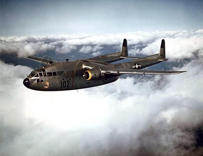 Điểm danh 5 mẫu máy bay quân sự trông xấu tệ nhưng hiệu quả cực cao - Ảnh 8.