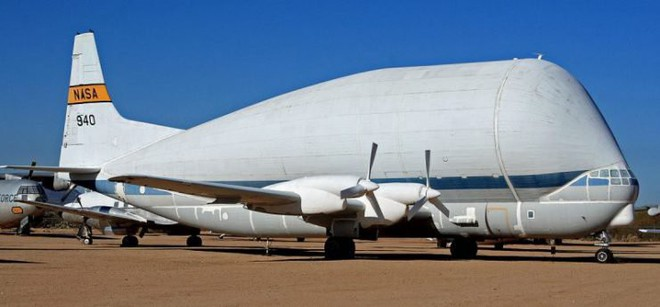 Điểm danh 5 mẫu máy bay quân sự trông xấu tệ nhưng hiệu quả cực cao - Ảnh 1.