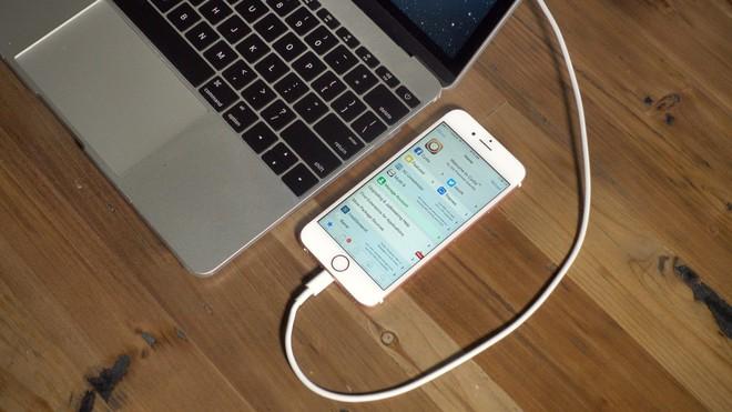 Kho ứng dụng nổi tiếng dành cho iPhone jailbreak, Cydia Store chính thức đóng cửa - Ảnh 1.