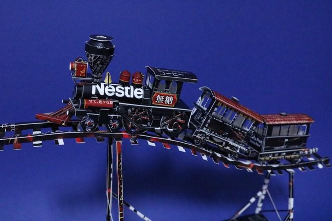 Biến vỏ hộp bánh kẹo thành mô hình tuyệt đẹp, chuyên gia cắt giấy Nhật Bản khiến Internet trầm trồ - Ảnh 8.