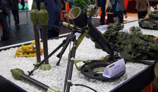 [Vietsub] Vũ khí siêu nguy hiểm của lực lượng đặc nhiệm Nga: súng cối im lặng, bắn còn êm hơn cả súng AK đã lắp giảm thanh - Ảnh 2.