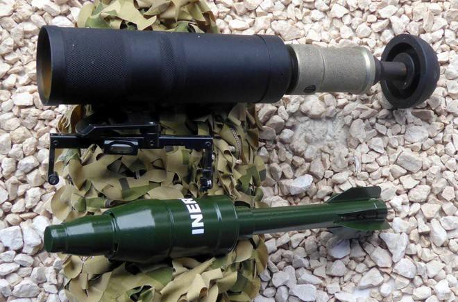 [Vietsub] Vũ khí siêu nguy hiểm của lực lượng đặc nhiệm Nga: súng cối im lặng, bắn còn êm hơn cả súng AK đã lắp giảm thanh - Ảnh 3.