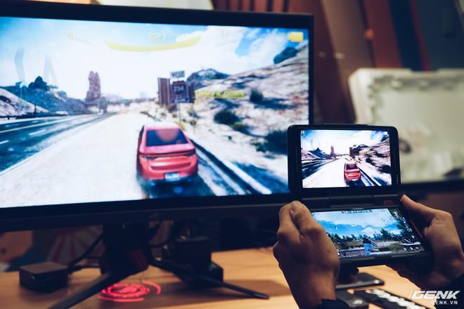 Asus ra mắt ROG Phone và loạt phụ kiện dành cho gamer tại Việt Nam, giá cao nhất gần 50 triệu đồng - Ảnh 6.