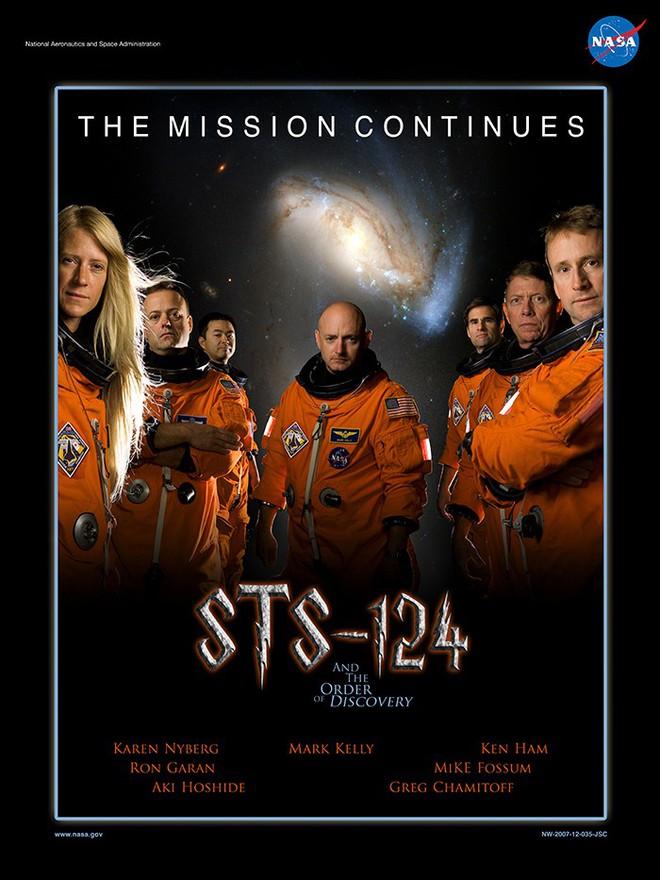 Hóa ra NASA có làm poster cho các sứ mệnh không gian, tiếc là thiết kế hơi vô duyên - Ảnh 5.