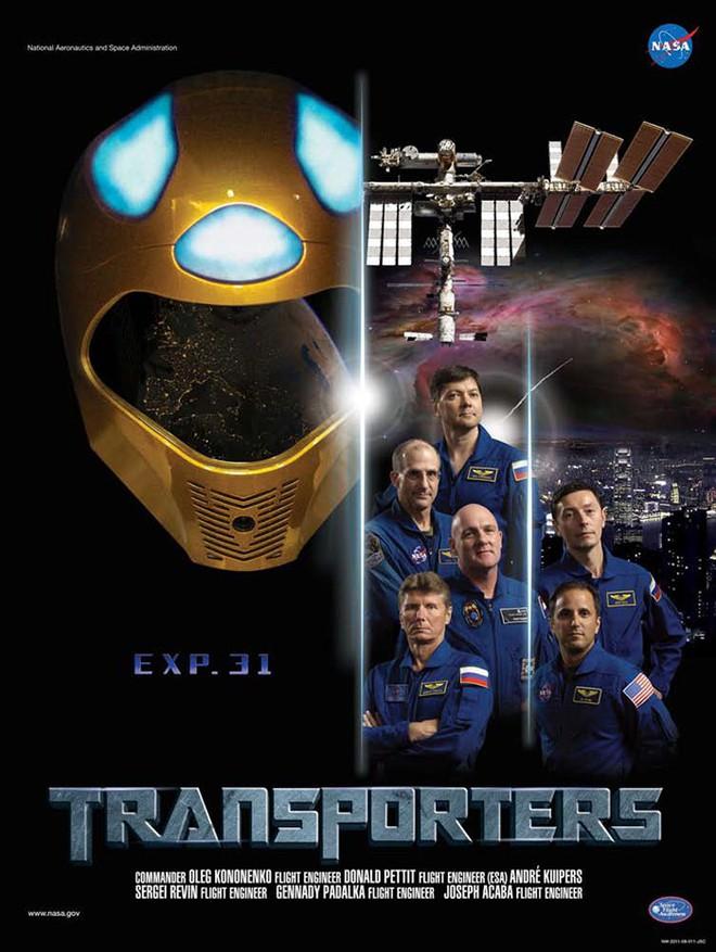 Hóa ra NASA có làm poster cho các sứ mệnh không gian, tiếc là thiết kế hơi vô duyên - Ảnh 10.