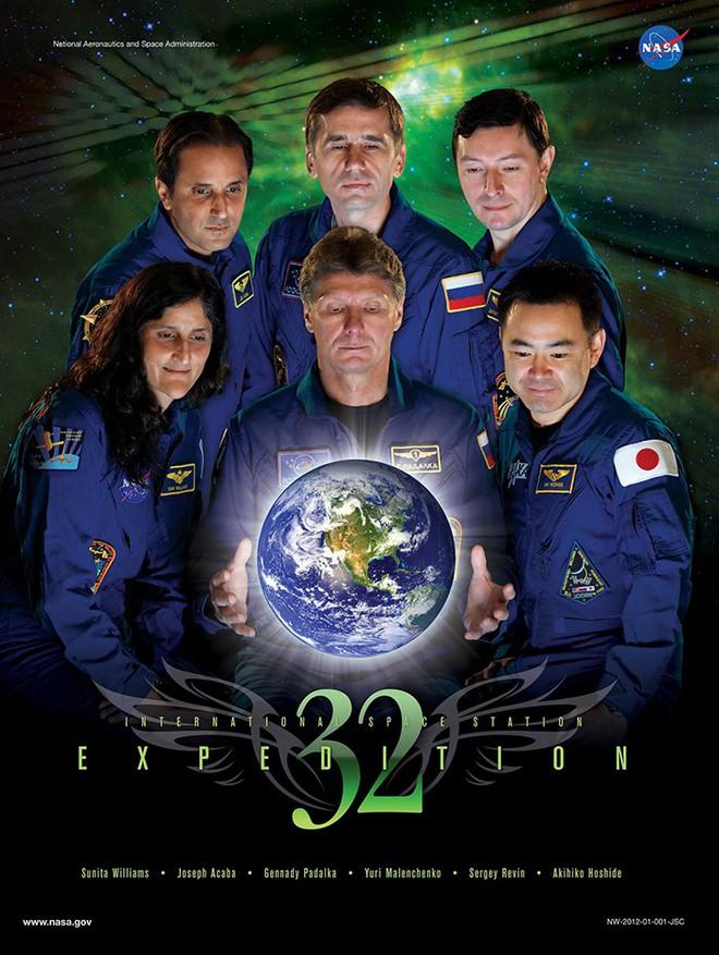 Hóa ra NASA có làm poster cho các sứ mệnh không gian, tiếc là thiết kế hơi vô duyên - Ảnh 14.