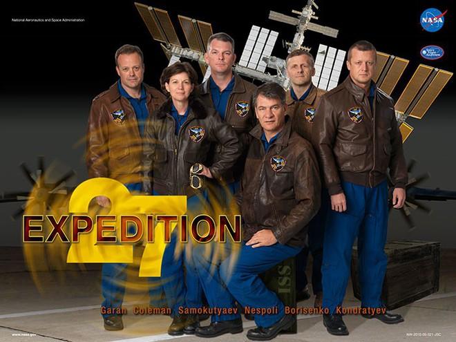 Hóa ra NASA có làm poster cho các sứ mệnh không gian, tiếc là thiết kế hơi vô duyên - Ảnh 17.