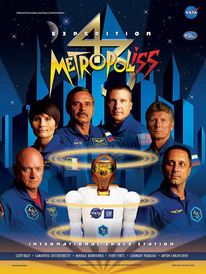 Hóa ra NASA có làm poster cho các sứ mệnh không gian, tiếc là thiết kế hơi vô duyên - Ảnh 20.