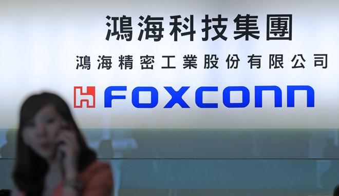 Nhu cầu lắp ráp smartphone suy giảm, Foxconn dự định mở nhà máy sản xuất chip ở Trung Quốc - Ảnh 1.