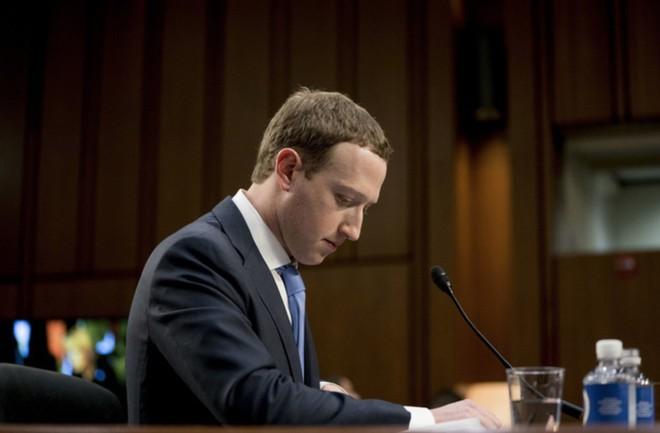 Nhìn nhận lại đi: Facebook sinh ra không phải để phục vụ bạn đâu - Ảnh 3.