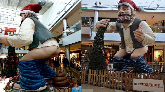 Quên ông già Noel đi, người dân vùng đất này đón Giáng Sinh bằng tượng... người đi cầu - Ảnh 8.