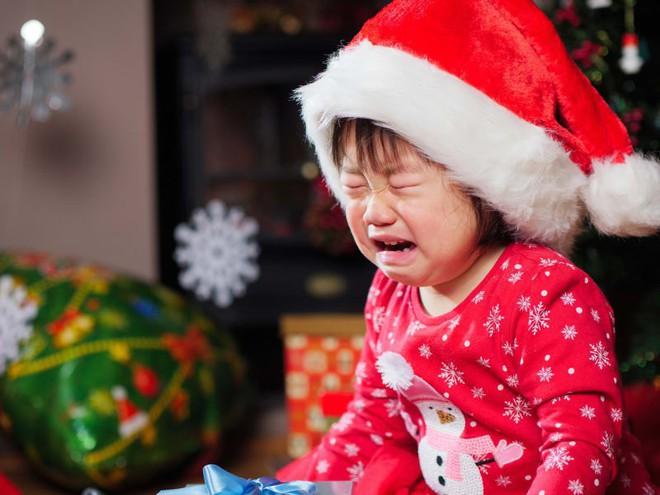 Holiday blue: Trầm cảm ngày lễ là một hiện tượng có thật và khoa học nói gì? - Ảnh 2.