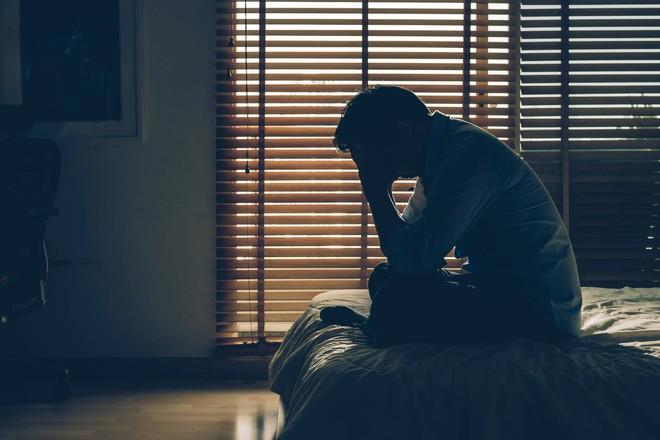 Holiday blue: Trầm cảm ngày lễ là một hiện tượng có thật và khoa học nói gì? - Ảnh 3.