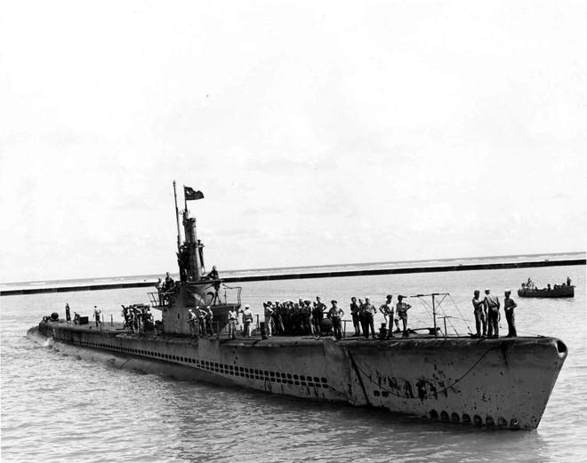 Tàu ngầm biệt danh Avenger: 3 năm bắn chìm 44 tàu địch, về già lại được cải biến thành bảo tàng - Ảnh 1.