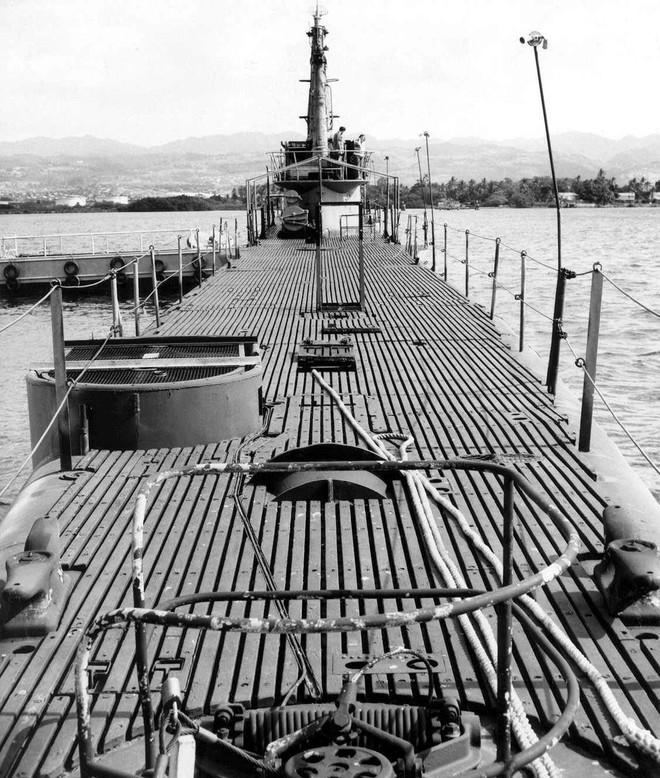 Tàu ngầm biệt danh Avenger: 3 năm bắn chìm 44 tàu địch, về già lại được cải biến thành bảo tàng - Ảnh 7.
