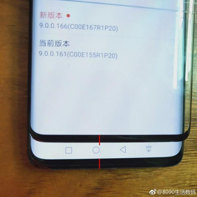 So sánh chiếc cằm của Galaxy S10+ với iPhone X và Mate 20 Pro, cải tiến lớn về thiết kế của Samsung - Ảnh 3.