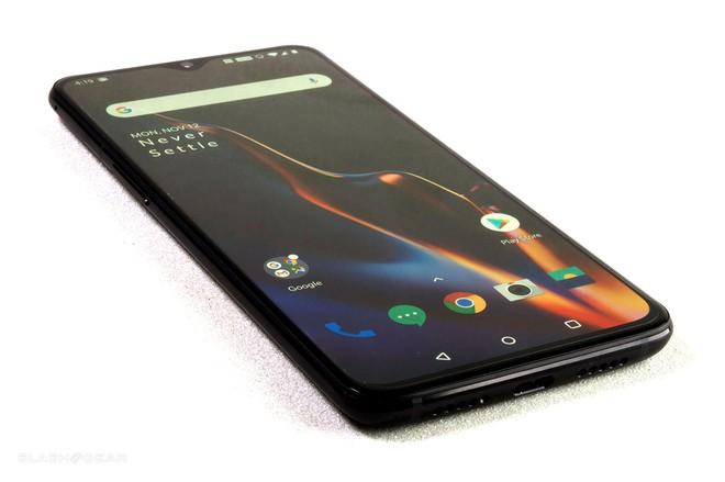 Smartphone ngày càng đắt đỏ và một phần lỗi nằm ở chúng ta - Ảnh 4.