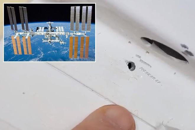 Trạm Vũ trụ Quốc tế ISS bị ai đó khoan thủng một lỗ - Ảnh 1.