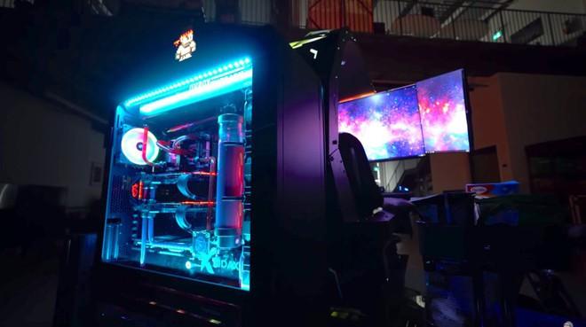 Chiêm ngưỡng cỗ máy mang lại trải nghiệm chơi game tối thượng có giá tới gần 700 triệu của chủ kênh YouTube Unbox Therapy - Ảnh 4.