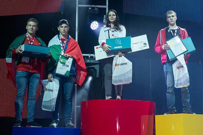 Cô gái 19 tuổi xinh đẹp vô địch giải thợ hàn toàn nước Nga - Ảnh 5.