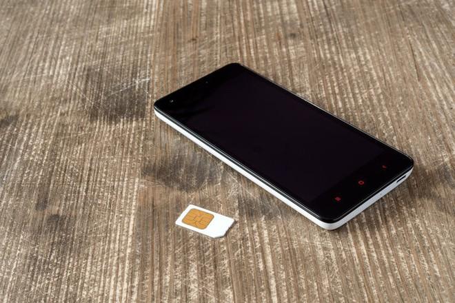 Google bắt đầu hỗ trợ các nhà sản xuất smartphone Android tích hợp eSIM - Ảnh 1.