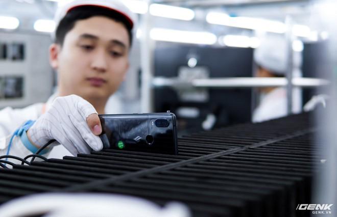 Đánh giá Vsmart Active 1: Chiếc smartphone Việt nhạt nhẽo, nhưng cũng đáng mua nhất từ trước đến nay - Ảnh 2.